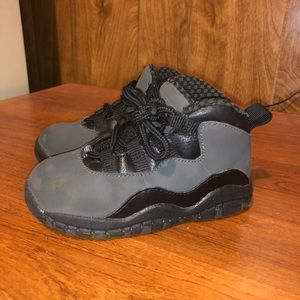 Nike Jordan Retro 10 Shadow Size 8C KIDS